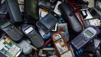 Ragina taisyti, o ne perdirbti išmaniuosius telefonus