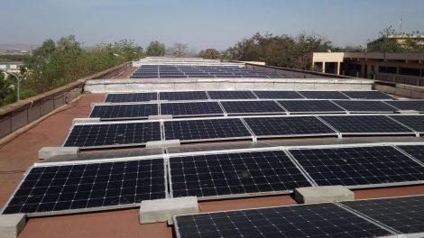 Dvi saulės elektrinės Malyje įrengtos su Lietuvos parama