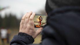 Persirengėliai pokštauti rinkosi prie Žaliūkių vėjo malūno [FOTO]