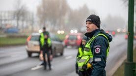 """Sustiprintas pareigūnų dėmesys eismo saugumui ir ramybę trikdantiems per garsiai """"riaumojantiems"""" automobiliams"""