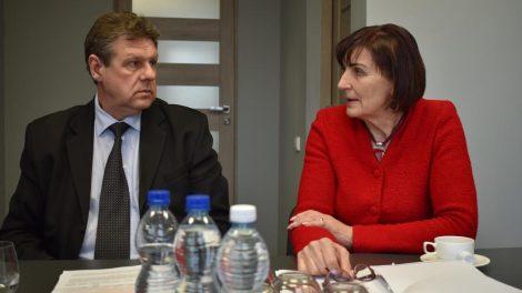 """UAB """"Veistas"""" iš atliekų tvarkytojų siekia prisiteisti beveik 400 tūkst. eurų"""