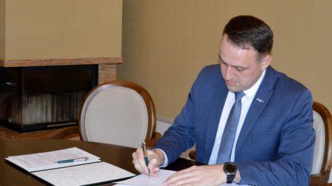 Pasirašytas ketinimų protokolas dėl Alytaus suaugusiųjų ir jaunimo mokyklos