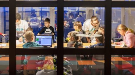 Vilniaus savivaldybė pasirūpins dirbančių medikų vaikais