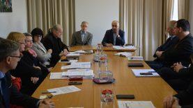 Ekstremalių situacijų komisija priėmė nutarimą dėl koronaviruso plitimo mažinimo