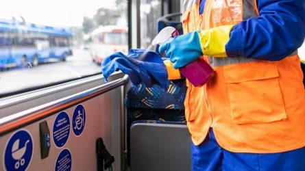 Viešasis transportas Vilniuje karantino metu: dažnesnė dezinfekcija, tik sėdimos vietos, keleivių srautų ribojimas