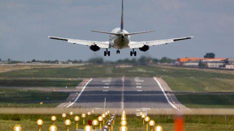 Susisiekimo ministerija: Ispanijoje įstrigusiems lietuviams – 4 skrydžiai iš Valensijos ir Tenerifės