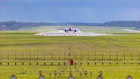 Susisiekimo ministerija: Skubantiems grįžti iš Nyderlandų – skrydis iš Amsterdamo