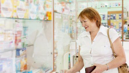 Vaistinės išmintingai ribos vaistų ir dezinfekcinio skysčio pardavimus