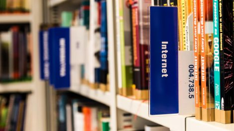 Bibliotekų paslaugos keliasi į virtualią erdvę