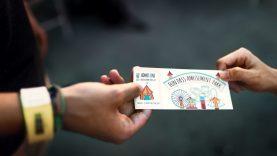 Kaip elgtis turint  bilietą į atidėtą ar atšauktą renginį