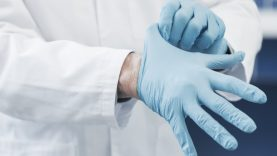 Šiuo metu Lietuvoje nustatyti 484 koronavirusine infekcija užsikrėtę asmenys