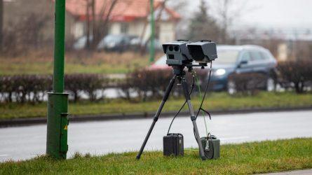 Klaipėdos Kelių policijos pareigūnai intensyviai dirba ir karantino metu