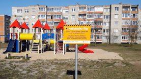 Šiauliuose uždaromos vaikų žaidimų aikštelės