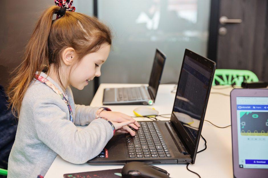 IT įmonės vadovas: pirmiausia būtina keisti požiūrį, o ne pirkti kompiuterius