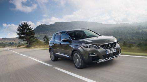 """Šeši """"Peugeot"""" metų automobiliai: nuo 504 sedano iki naujojo 208 hečbeko"""