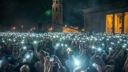 Vilniaus festivaliai namuose: ar tik prie ekranų, ar sulauksime ir gyvų renginių?