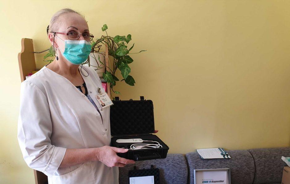 COVID-19 fondas: mobilūs plaučių echoskopai pristatyti šalies ligoninėms