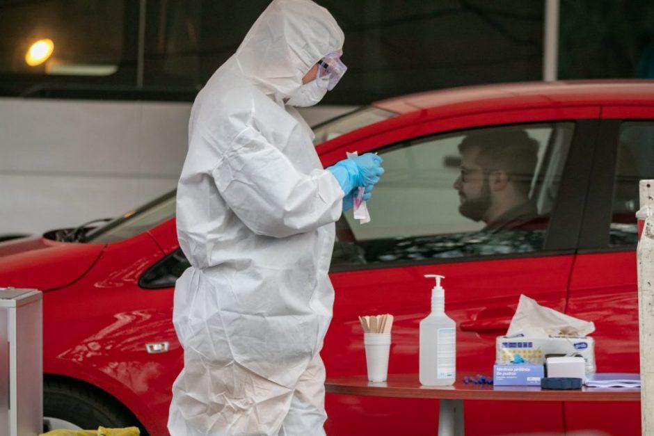 Vilnius dėl viruso testuos visus medikus