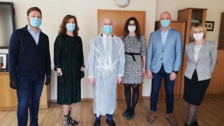 Asmens apsaugos priemones siūs ir Lietuvos gamintojai