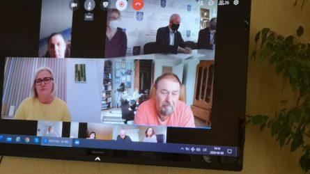 Atsakymai į komitetų klausimus – iki tarybos