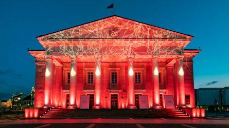 Pasaulinę hemofilijos dieną Vilnius nušvito raudonai