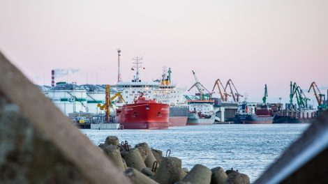 J. Narkevičius: būtina spręsti taršos Klaipėdos uoste problemas