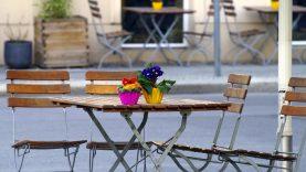 Nuo balandžio 27 d. atsidaro lauko kavinės, grožio salonai, bibliotekos ir muziejai