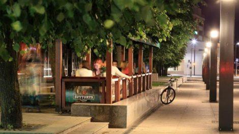 Alytaus kavinių ir restoranų savininkai miesto viešosiomis erdvėmis gali naudotis nemokamai