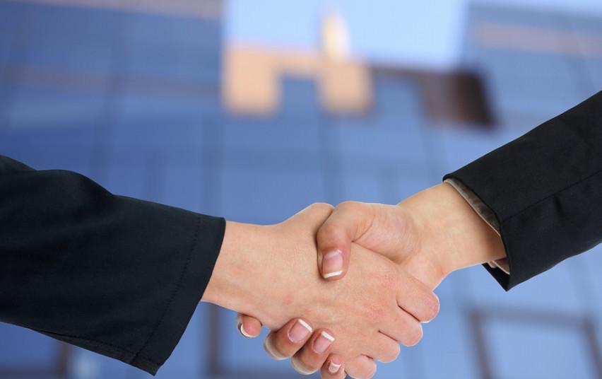 Startuoja dar dvi valstybės paramos priemonės COVID-19 paveiktoms įmonėms