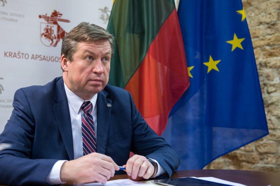 """R. Karoblis ES gynybos ministrams: """"Negalime leisti, kad koronaviruso krizė pakenktų ilgalaikiams gynybos tikslams"""""""