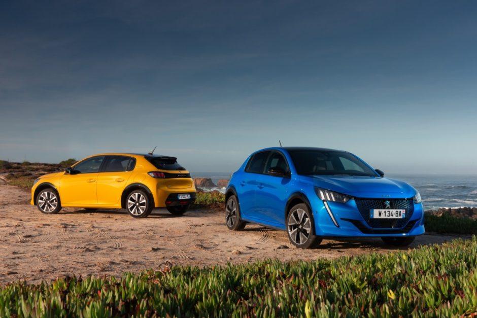 Automobilių spalvos taip pat turi madą, 2020-ųjų – mėlyna