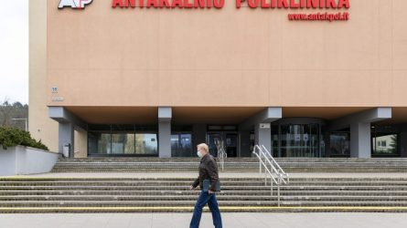 Vilniaus poliklinikos vėl priims pacientus – paslaugas atnaujina etapais