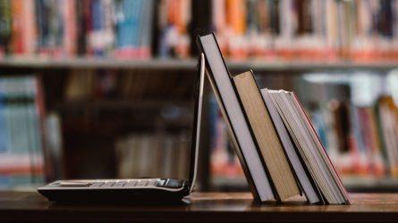 Bibliotekose leidžiama naudotis kompiuterių ir interneto skaityklomis