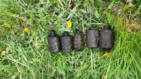 Pavasarį sprogmenys žemėje randasi tarsi grybai po lietaus