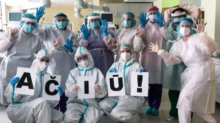 Reanimatologai, persikvalifikavę kovai su COVID-19, išlaikė sunkų išbandymą