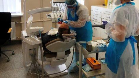 Pirminės sveikatos priežiūros centre pradedamos teikti odontologo paslaugos