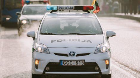 Ne tarnybos metu uostamiesčio pareigūnai savaitgalį  sulaikė net du neblaivius vairuotojus