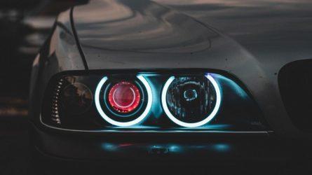 Automobilio lemputės keitimas – ne raketų mokslas, bet fiksuojamų trūkumų skaičius stulbina