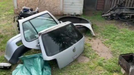 Tiriant automobilio vagystę, sulaikyti trys vyrai (video)