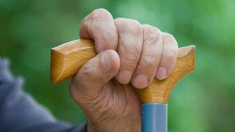 Vagystėmis iš senjorų įtariamos romės stos prieš teismą