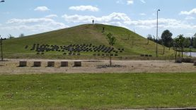 Naujas riedlenčių ir BMX dviračių parkas Mažeikiuose tampa realybe
