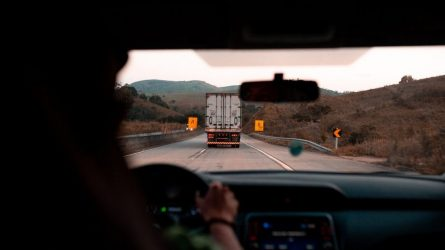 Profesionalių vairuotojų mokymai gali gerokai pabrangti – mokytis išvažiuos į užsienį