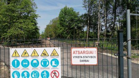 Centrinio parko teritorijoje vyksta intensyvūs darbai, miestiečių prašoma palaukti jų pabaigos ir nesilankyti teritorijoje