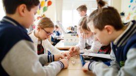 Mokyklos ir savivaldybės jau svarsto apie kitus mokslo metus