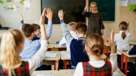 Dar pusė tūkstančio mokytojų galės įgyti papildomo mokomojo dalyko kvalifikaciją