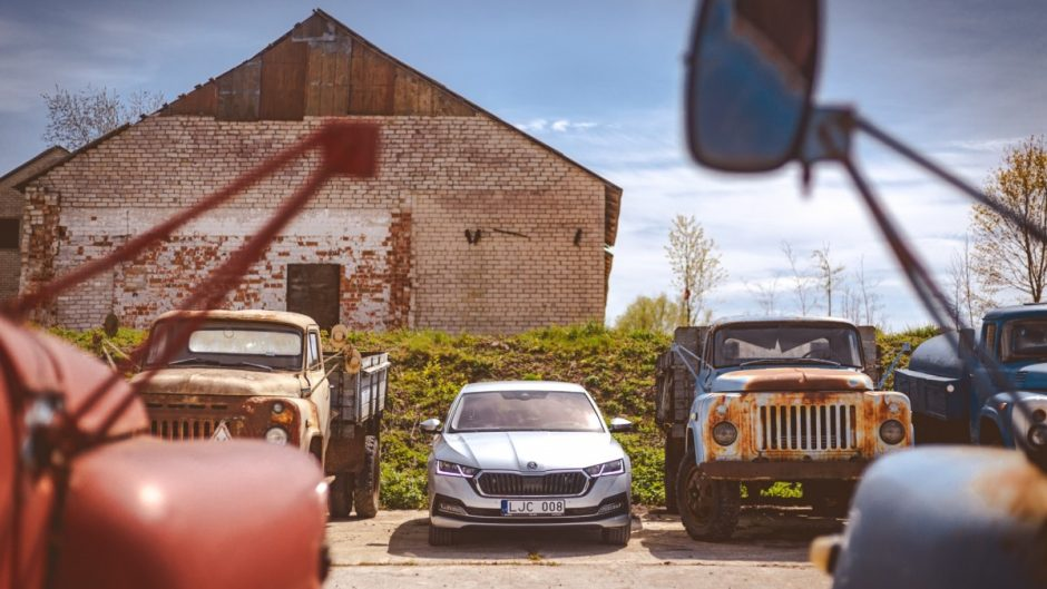 Pirmojo Lietuvoje naujos kartos Škoda Octavia testo metu– kelionė į praeitį