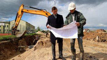 Rekonstruojamas futbolo stadionas Garliavoje atitiks tarptautinius standartus