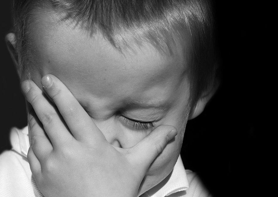 Pradėtas ikiteisminis tyrimas dėl dvi dienas vieno namuose palikto mažamečio