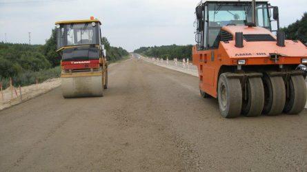 Dar daugiau lėšų skiriama gyvenviečių kelių asfaltavimui