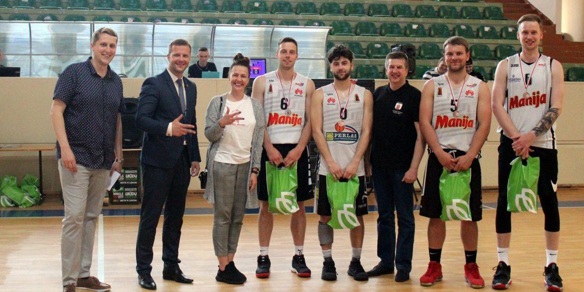 Panevėžyje vyko vietos bendruomenių jaunimo krepšinio turnyras